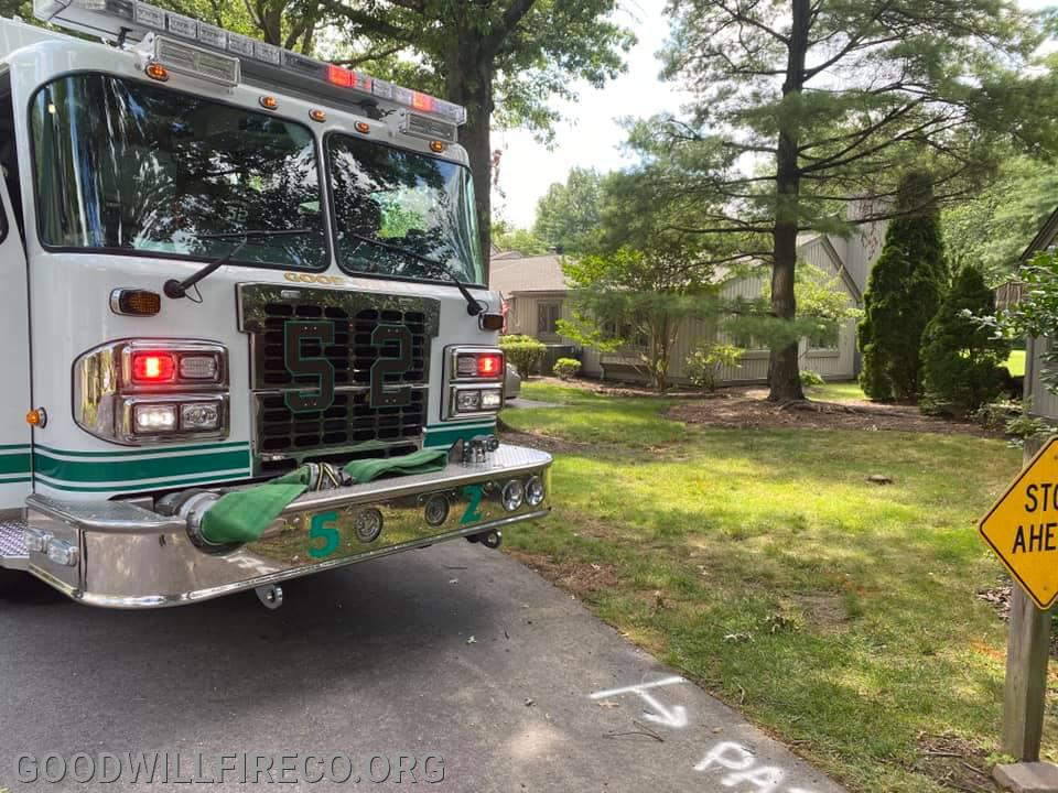 Engine 52-2 (FF L. Pierson) SDE in the 56 local for the Working Basement Fire