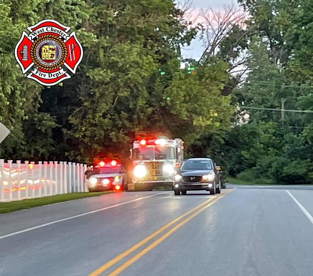 Engine 52-2 arriving as the FDE for the reported building fire